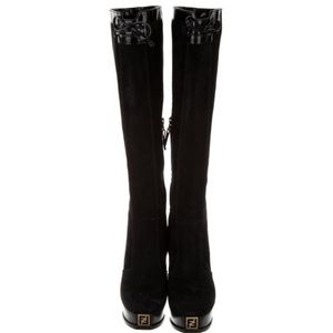 ❤️❤️ Fendi Suede Knee-High BootsBlack❤️❤️